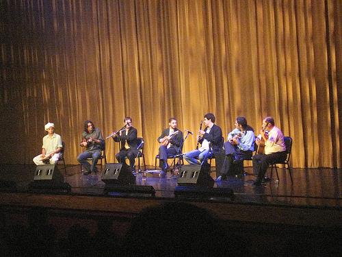 1a Roda de Choro organizada por Danilo, com Léo Rodrigues, Fabrício Rosil, Rodrigo Y Castro, Alexandre Ribeiro, Alessandro Penezzi e Luizinho 7 Cordas