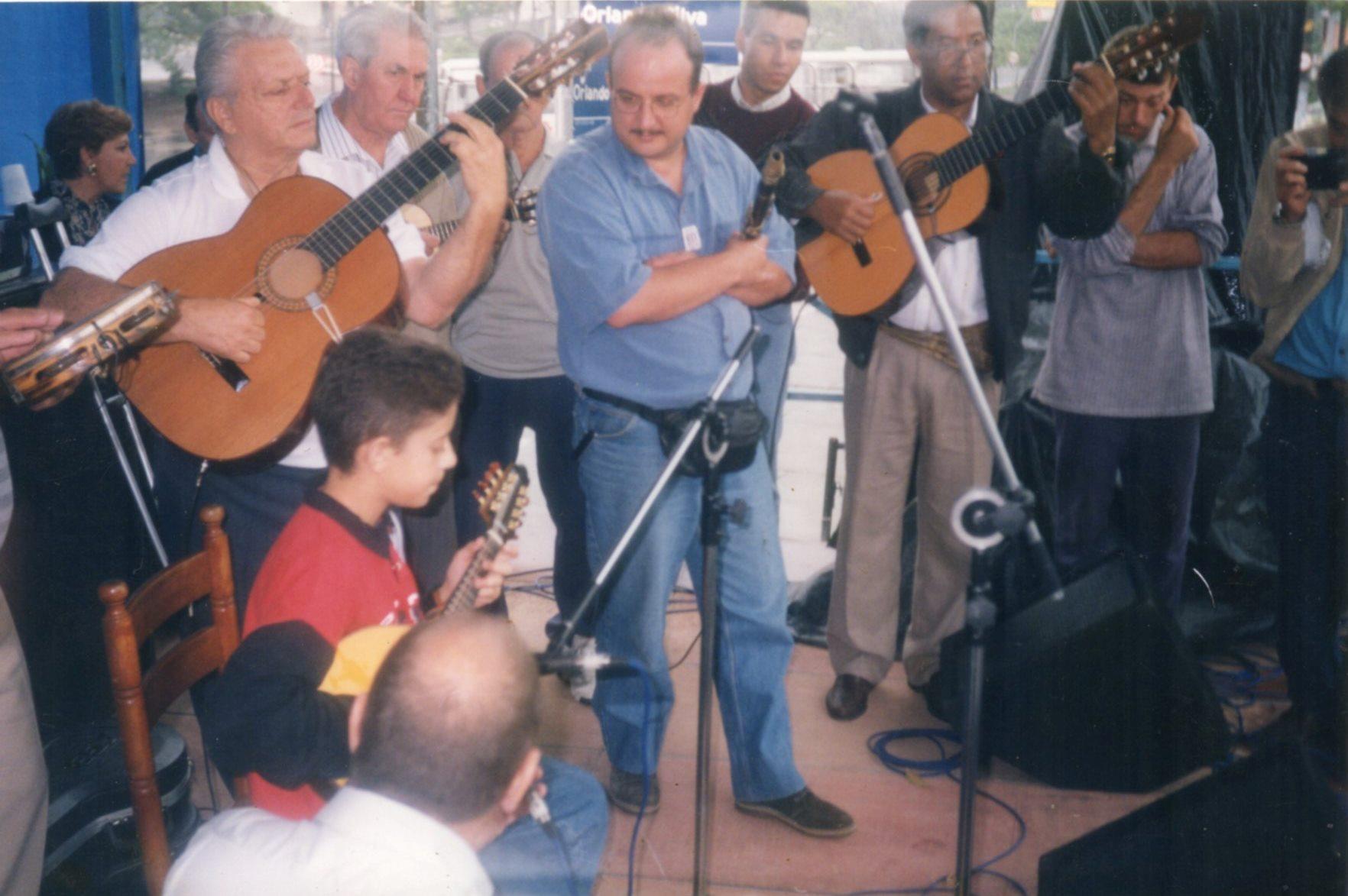 Na Praça Orlando Silva